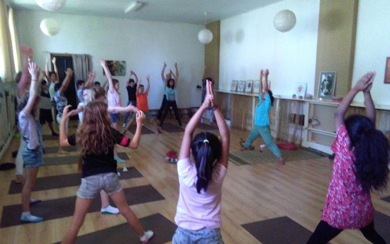 kinder en tiener yoga